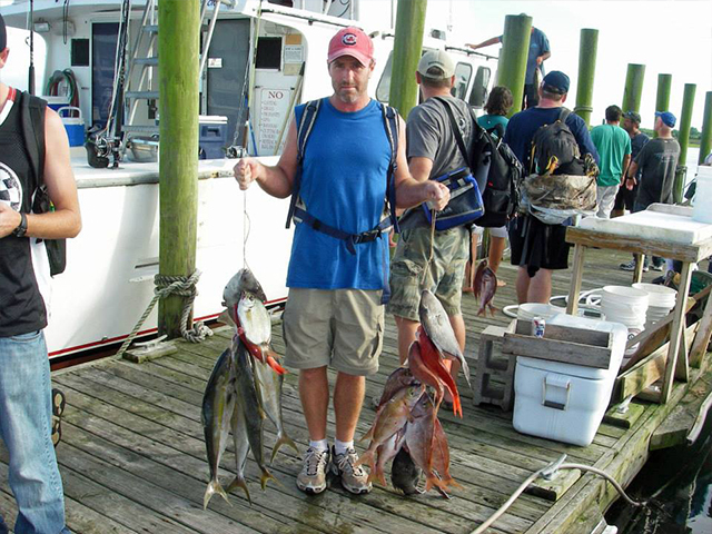 Contact vonda kay and queen jean fishing charters for Topsail island fishing